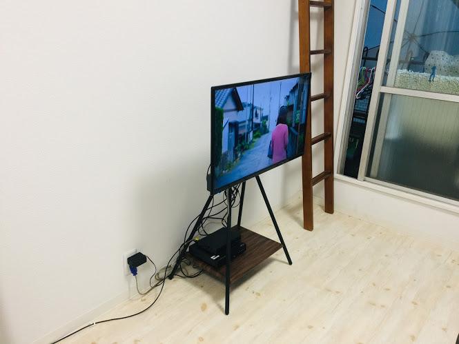 グランプレ(GRANPLE)32型テレビをハヤミKFでスッキリ