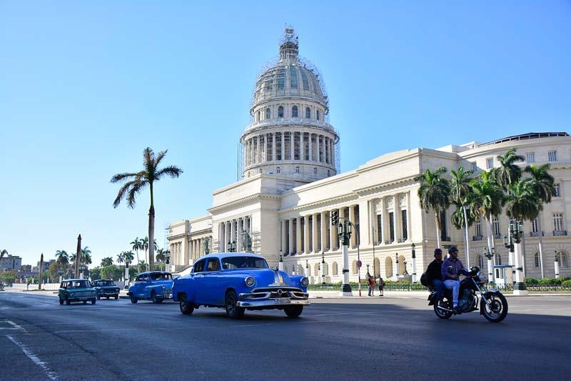 キューバ国会議事堂