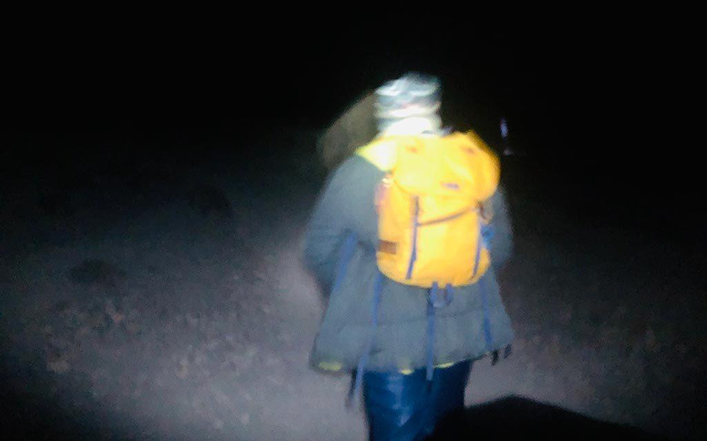 深夜にキリマンジャロ登頂
