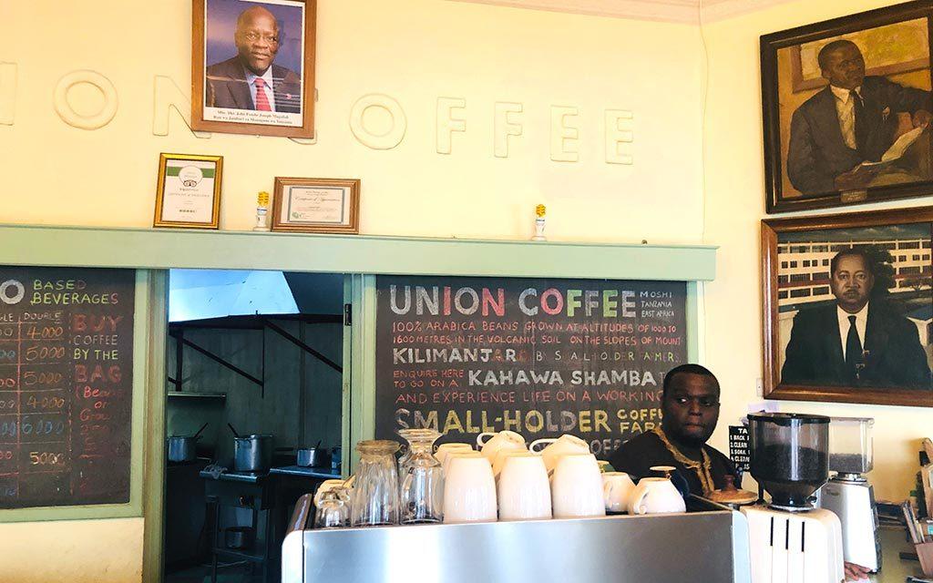 タンザニアのユニオンカフェ